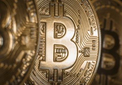 仮想通貨|8月のビットコイン問題をどう見るか?